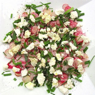 Simple Summer Salad: Radish